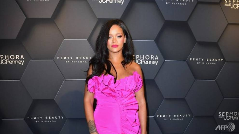 Rihanna has invested S$46 million into joint venture with LVMH - CNA