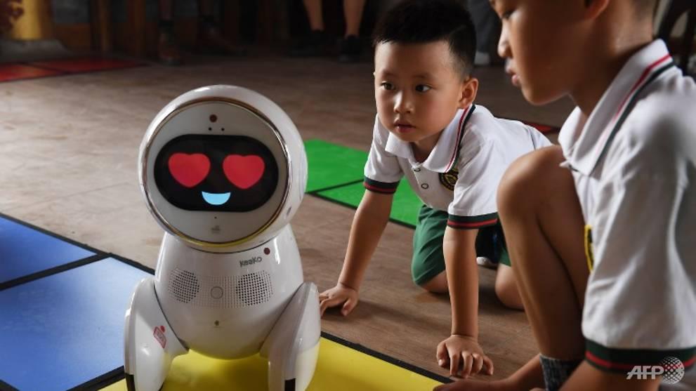 Robot teachers invade Chinese kindergartens - CNA