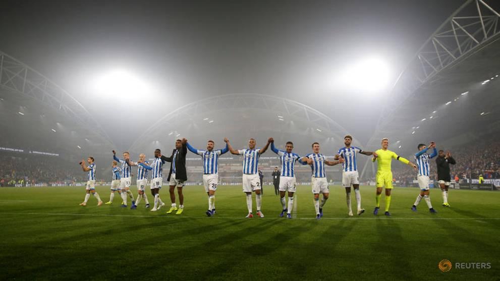[Image: premier-league---huddersfield-town-v-fulham-1.jpg]