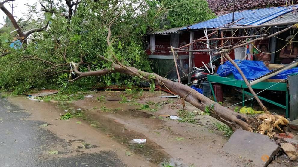 Cyclone 'Gaja' makes landfall in south India, kills 11