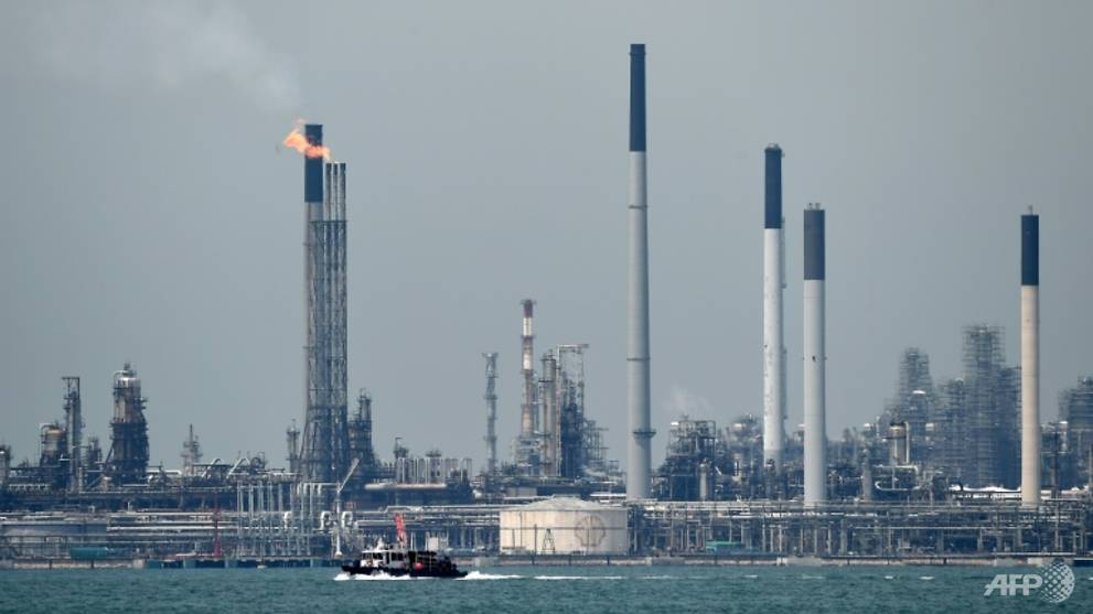 Scale of theft at Shell's Singapore refinery much greater