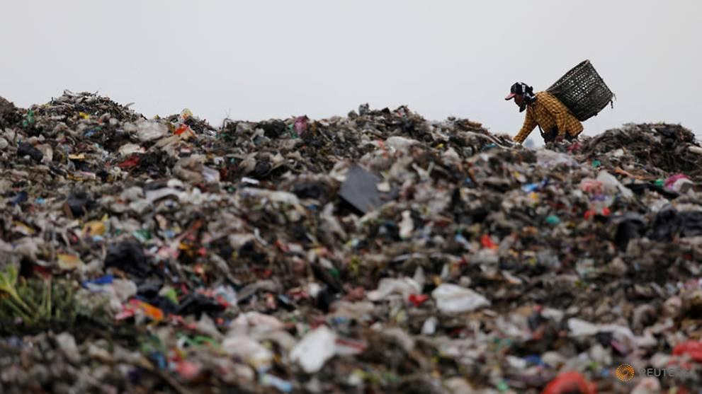 In Indonesia, splits emerge over efforts to stem plastic tide - CNA