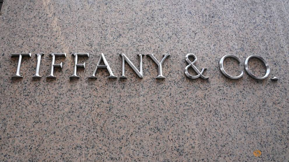 bee6c5bfd99f Tiffany sticks to 2019 targets