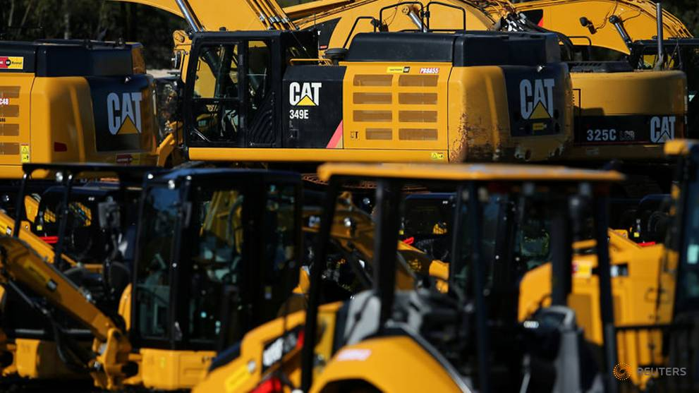 Caterpillar gives details on services push, hikes dividend - CNA