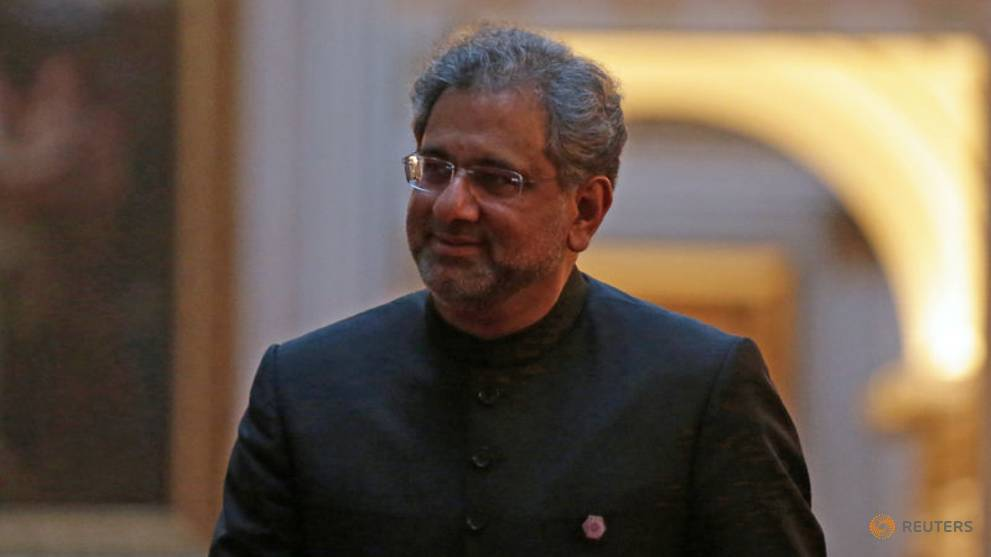 Former Pakistani PM Abbasi arrested by anti-graft agency