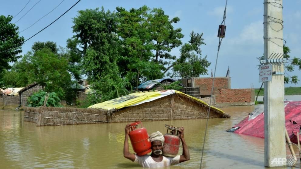 'Nobody cares about us': Hunger and despair for India flood victims
