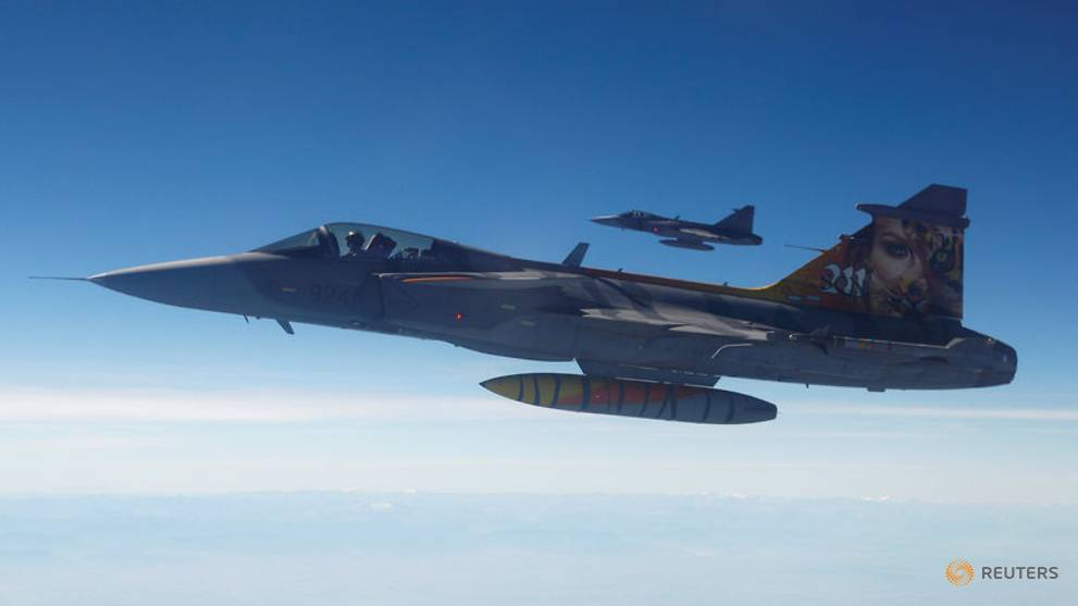Britain and Sweden agree to cooperate on fighter plans - CNA