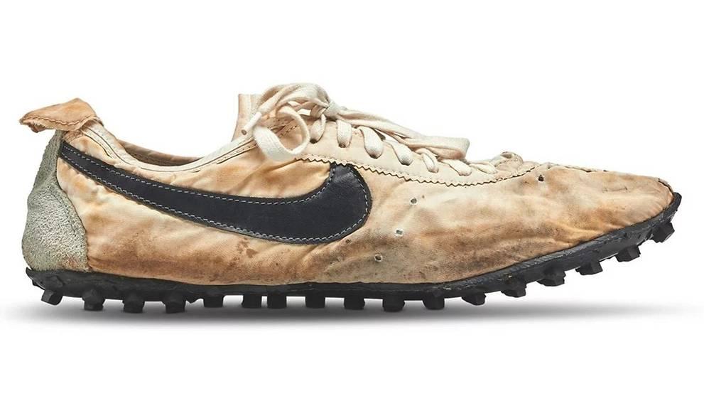 pretty nice 7de2d 0164b Nike's Moon Shoe sneakers sell for record-breaking S$597,500 ...