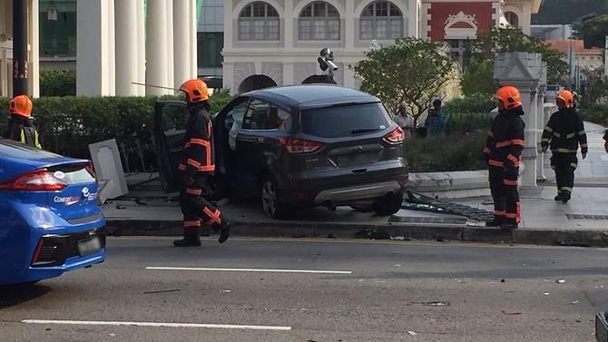 bras-basah-road-accident-3.jpg