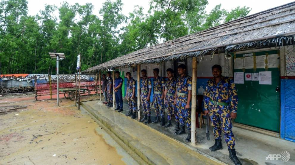 Bangladesh police shoot dead two Rohingya in refugee camp