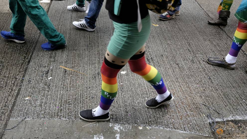 Hong Kong gay couples win legal victory over inheritance law