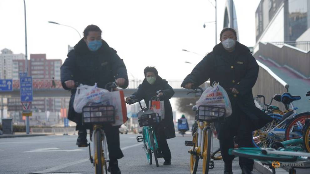 Beijing to fast-track new mask factory in COVID-19 fight