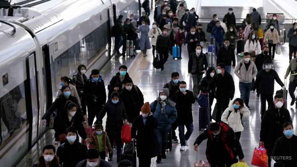 China reports 125 new COVID-19 cases, lowest number in six weeks