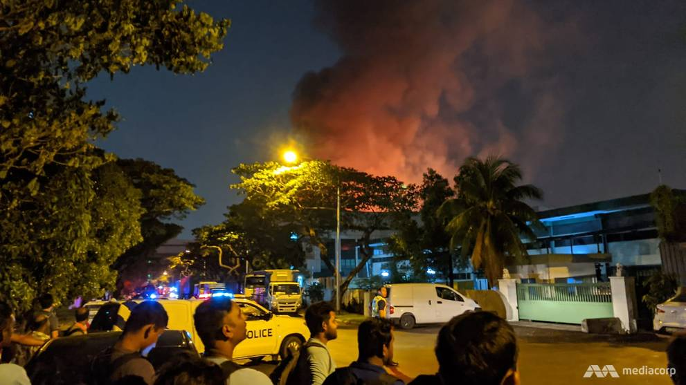 Fire 'fully engulfs' warehouse in Pioneer industrial estate