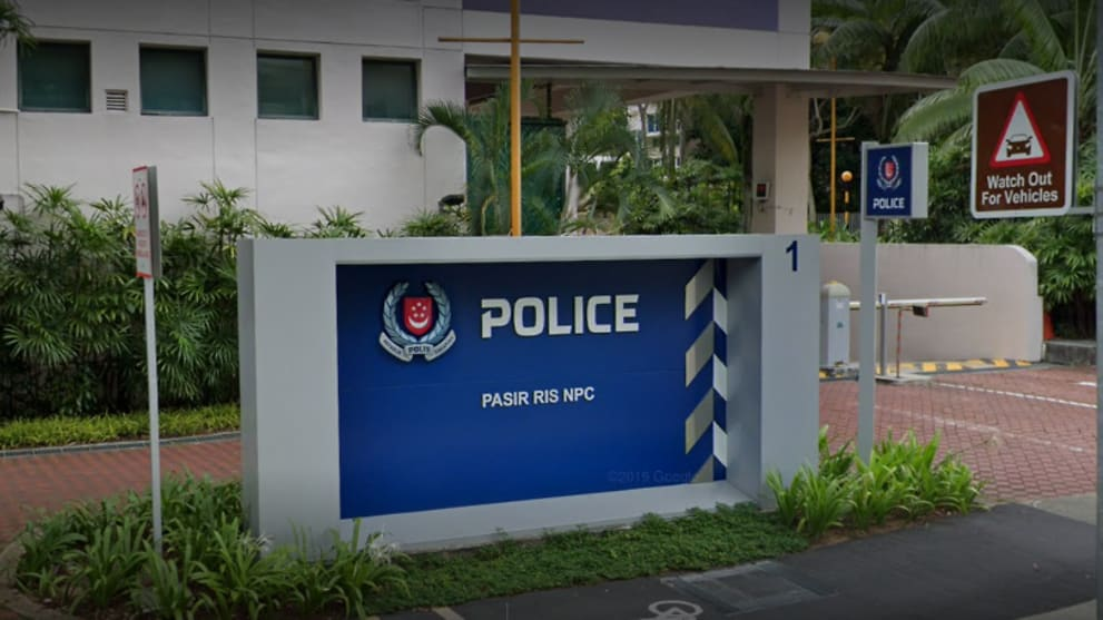Police officer gets jail for taking cash from wallets that were returned at police station