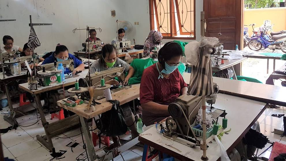 'There must not be more victims': Indonesian volunteers and businesses unite to produce protective gear
