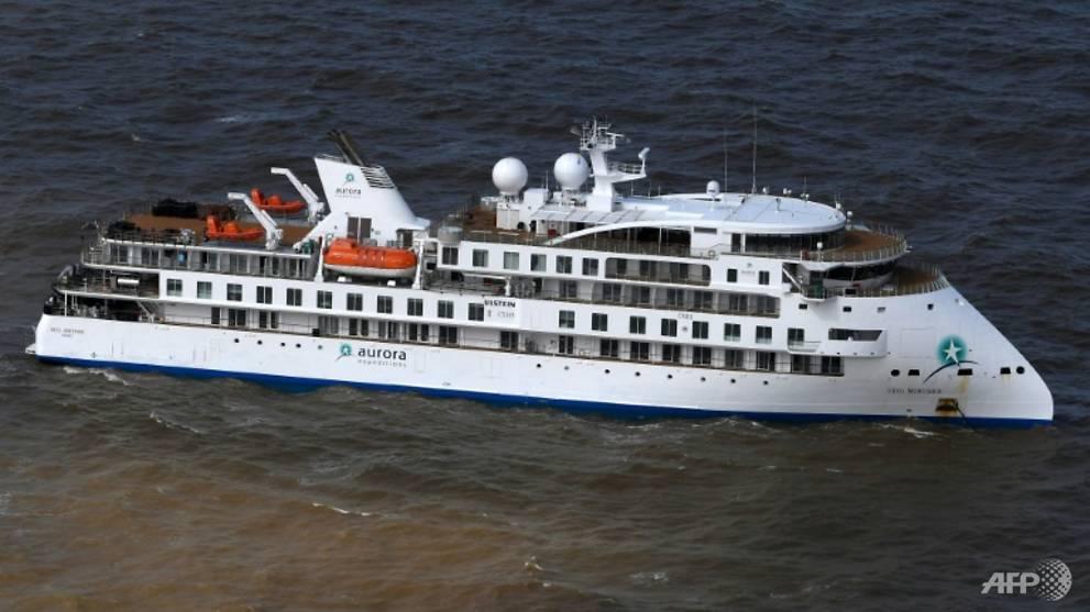 COVID-19: Uruguay approves flight to evacuate Australian, New Zealand passengers from cruise ship Greg Mortimer