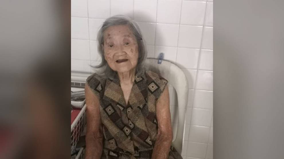 COVID-19: Elderly woman dies alone in Malaysian house, family in Singapore struggles with funeral arrangements