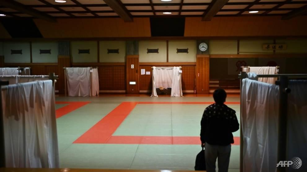 Japan's homeless 'net cafe refugees' seek shelter amid COVID-19 woe