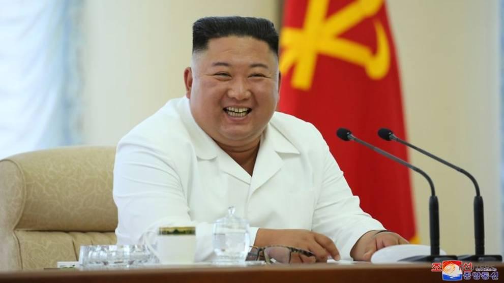 North Korea's Kim stresses self-sufficient economy at politburo meeting
