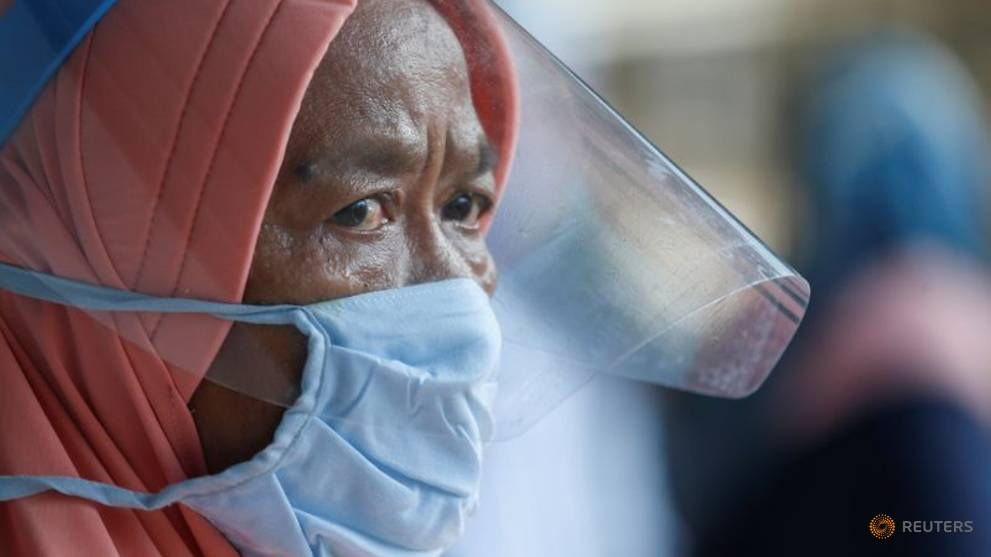 Indonesia reports 1,043 new COVID-19 cases, biggest daily rise recorded