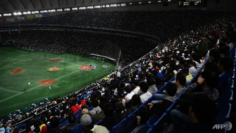 Fans allowed into stadiums to watch Japanese baseball, football from Jul 10