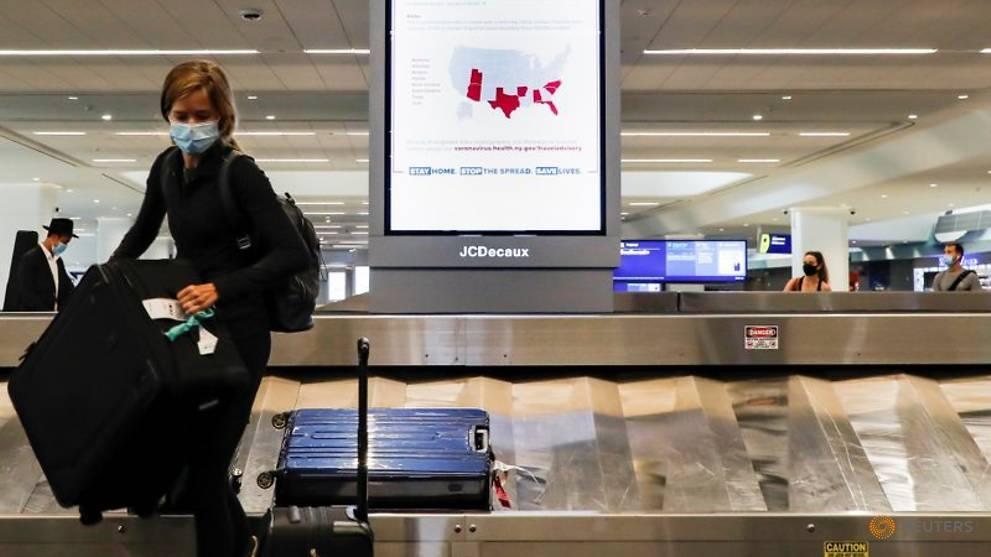 Hospitals, expats blast Trump plan to block US citizens over COVID-19