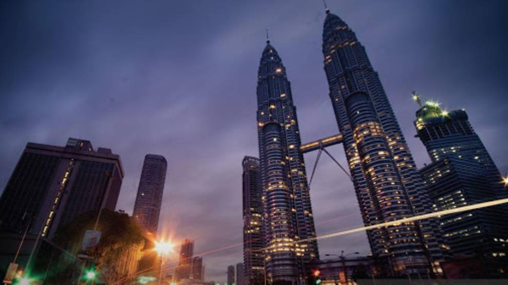 Covid 19 Malaysia S Labour Market Shows Signs Of Recovery Unemployment Rate Falls To 4 7 In July Cna