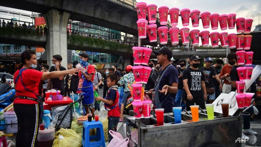 'CIA'-like street food vendors first on scene to feed Thai protesters