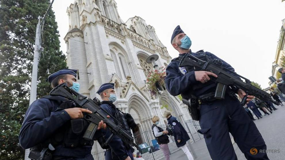 Man in custody over alleged links to Nice knife attacker: Judicial source