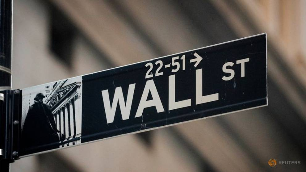 Image of article 'Wall St tops new highs on Democrat-driven stimulus hopes'