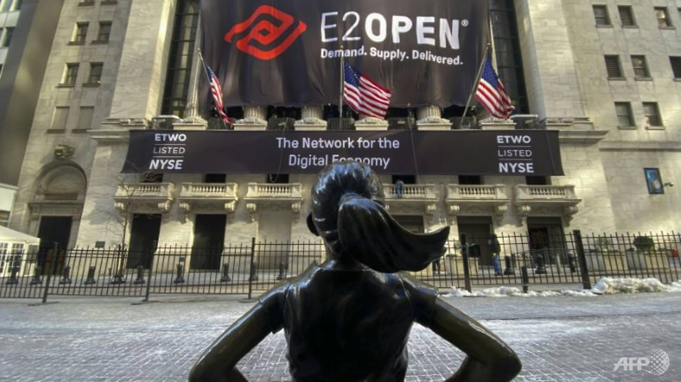 Women making inroads on Wall Street, but still a long way to go