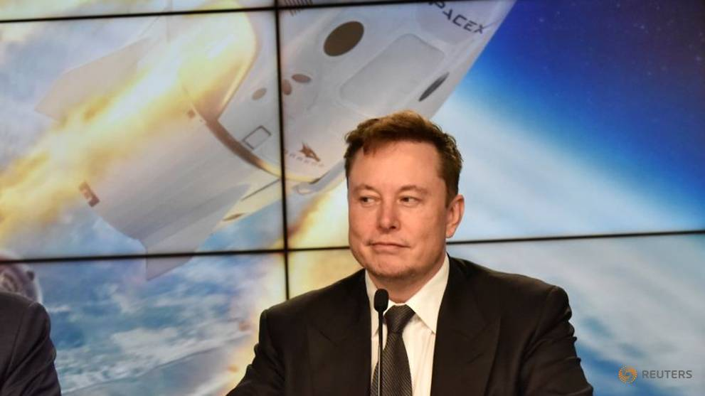 Commentary: Elon Musk gambles big on bitcoin to keep Tesla going strong
