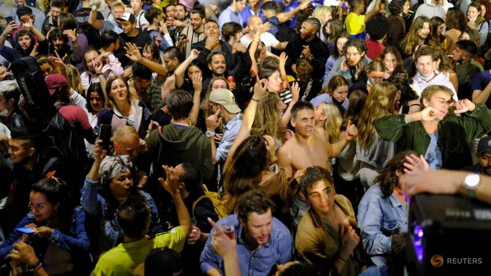 Blame game in Spain after street parties break out as COVID-19 restrictions ease