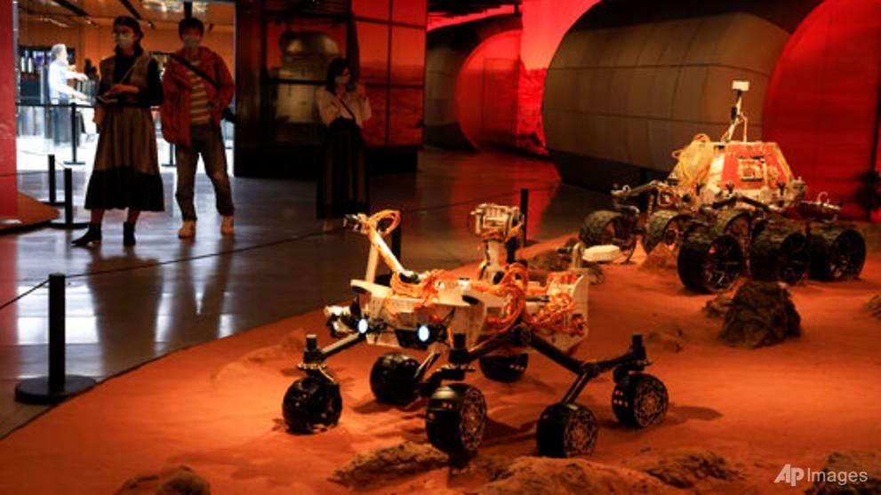 China's Zhurong rover makes history with Mars landing
