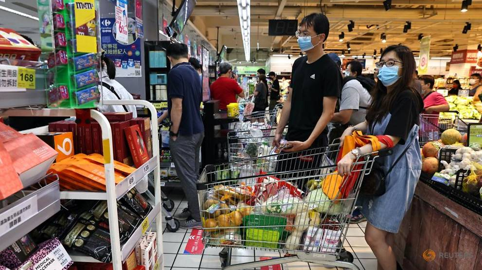 Taiwan reports 206 new domestic COVID-19 cases, authorities urge against panic buying