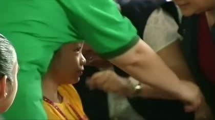 Philippines halts sale of Sanofi dengue vaccine amid health risk