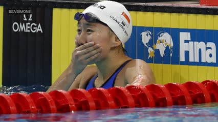 FINA Swimming World Cup: New national record for Quah Jing Wen | Video