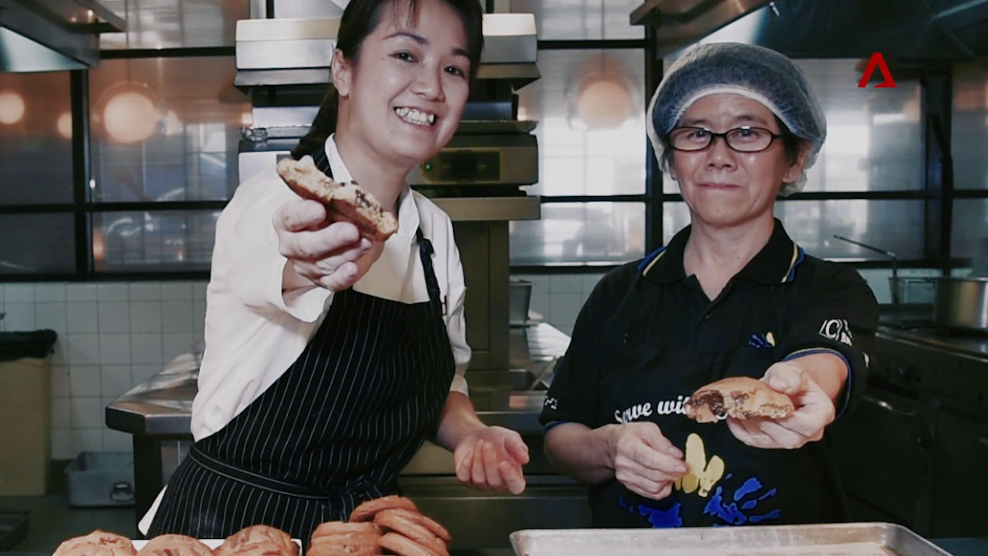 Disabled chef hones skills at Marina Bay Sands restaurant | Video