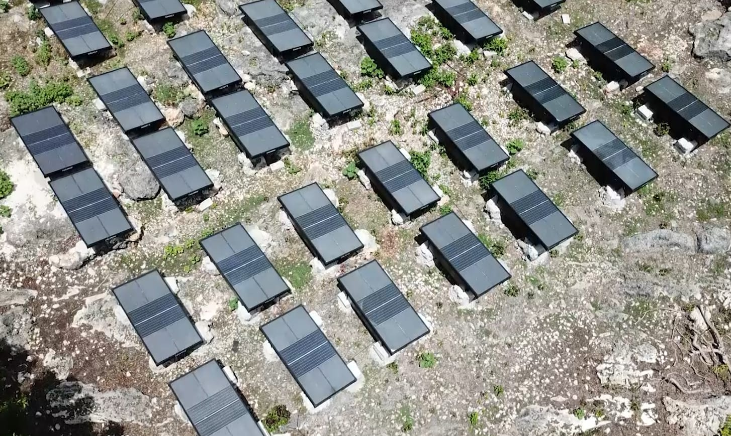 """Miracle"" hydropanels help Timor-Leste village turn sunlight into water 