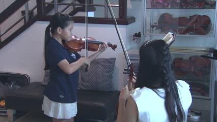 Seven-year-old Singaporean Freya Lim to perform at New York's Carnegie Hall | Video