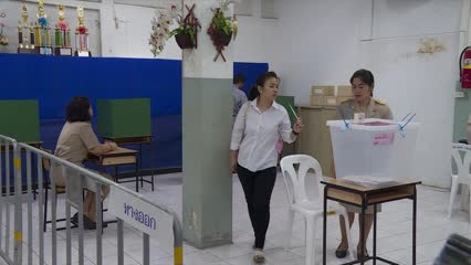 2.5 million Thai citizens take part in advance voting | Video