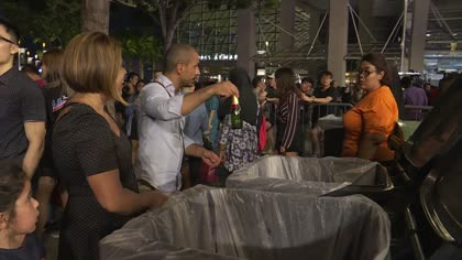 Volunteers clean up Marina Bay area after New Year's eve festivities | Video