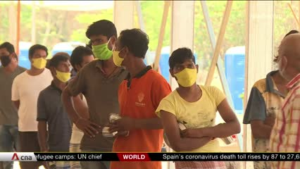 India's migrant workers stuck in makeshift shelters due to lockdown | Video