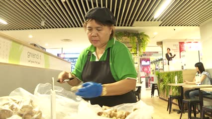 New initiative launched to give service industry a boost in evolving labour market | Video