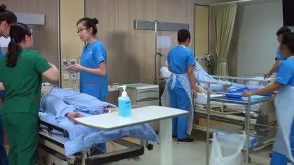 More older Singaporeans joining nursing profession | Video