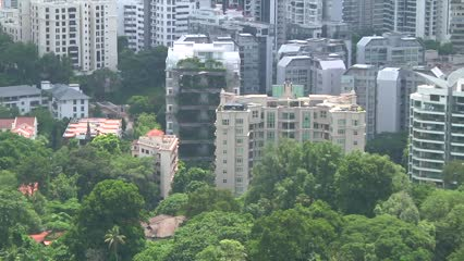 Private home prices rise by 7.9% in 2018, while HDB resale prices fall | Video