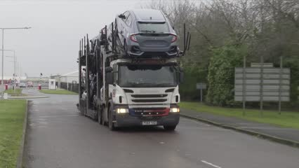 Britain's auto industry questions viability amid Brexit fears | Video
