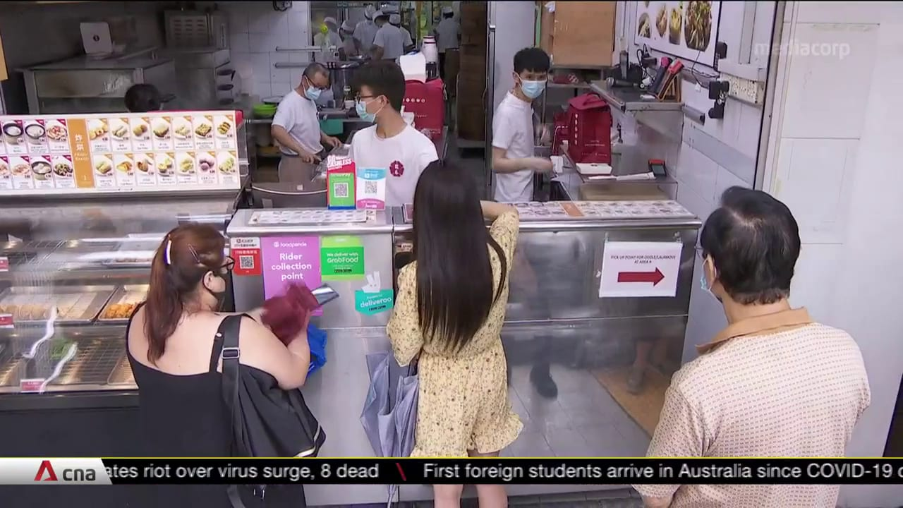 F&B outlets in CBD, tourist areas seeing slow recovery; businesses need to pivot online: Chan Chun Sing | Video