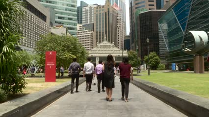 Singapore retrenchment, unemployment rates inch up in Q3: MOM | Video